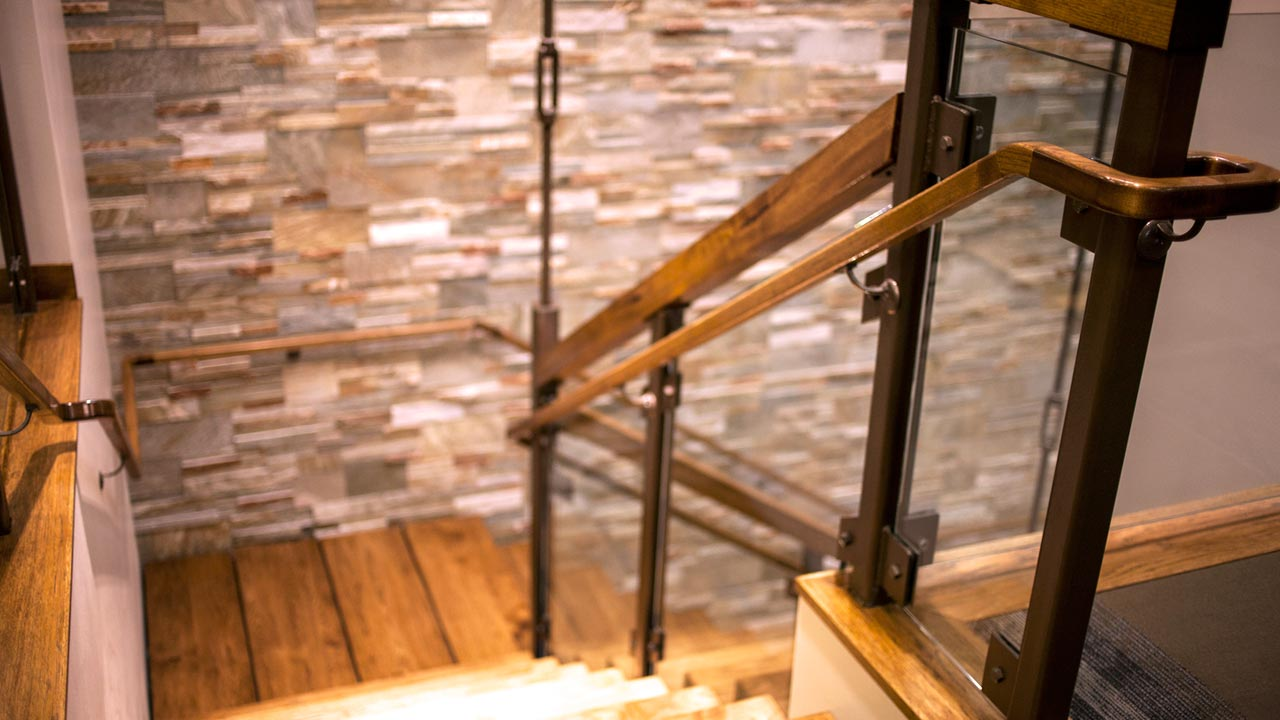 sp_acwest2_slide_stairsdown_1280x720