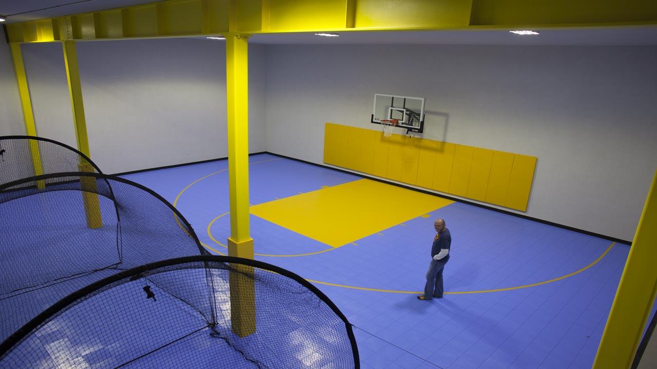 sp_laytonresidence_slide_basketball_1280x720